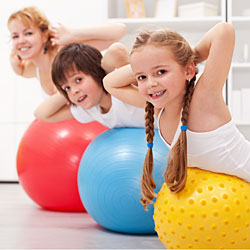 10 ways to exercise with children